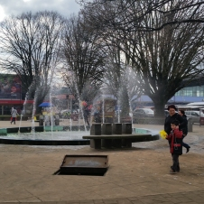 The public square near the mall in Osorno.