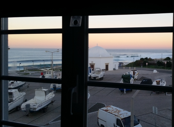 My morning view from the 3rd story of the Lone Surfer Hostel. Look at those lines!