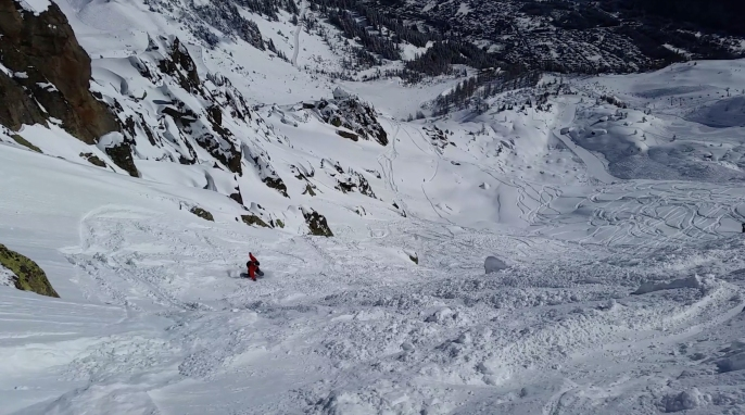 Daniel heading down a long steep off-piste run at Brevant