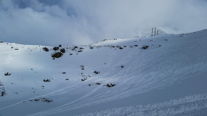 Chris and I did 3 laps on this face, which had about a foot of freshies deposited all over it