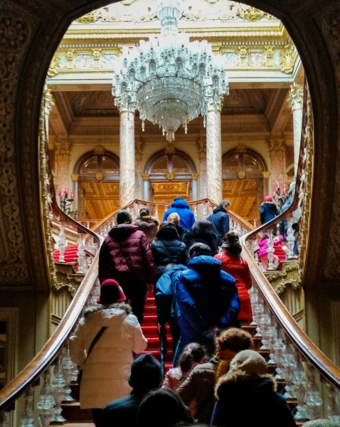 Sneaking a photo of the grand staircase