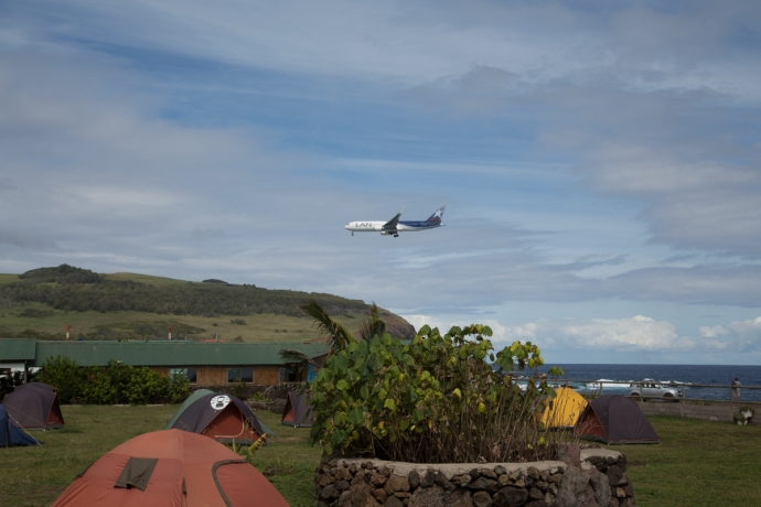 The arrival of the daily LAN flight to Rapa Nui is kind of a big deal on the island, as all the hotel vendors and whatnot descend on the airport to greet arriving tourists.