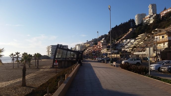 Back along the boardwalk in Renaca