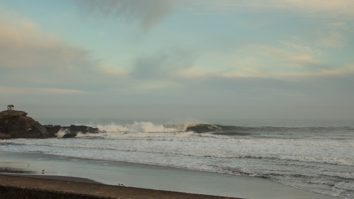 The wave that Brant and I surfed a few weeks back.